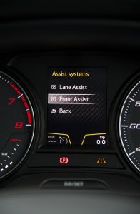 Leon Cupra assist systems