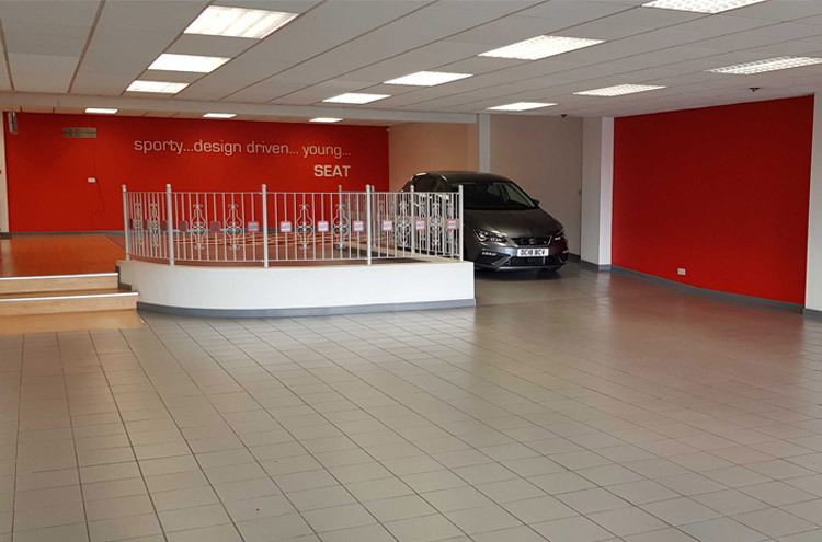 Pulman SEAT showroom being emptied