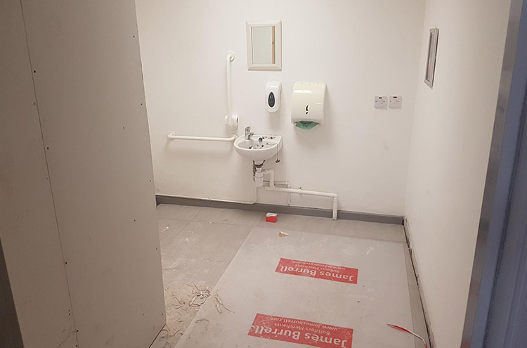 Pulman SEAT refurbishment in the toilets