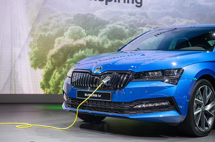 new SKODA Superb charging at the Frankfurt Motor Show