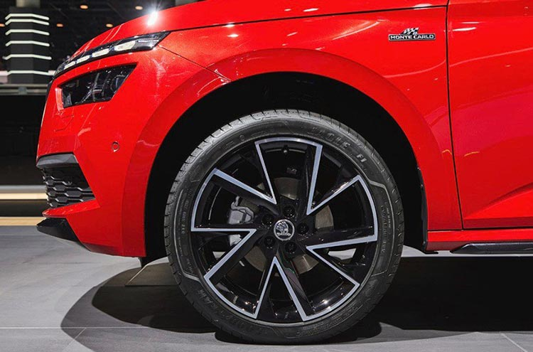 New wheels on the Monte Carlo SKODA Kamiq trim at the Frankfurt Motor Show 2019