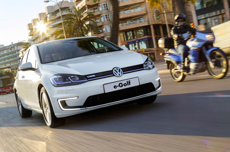 Volkswagen e-golf available from Pulman Volkswagen on business contract hire and personal contract hire.